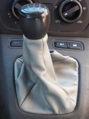 Fiat Idea soufflet de levier de vitesse en vrai cuir gris